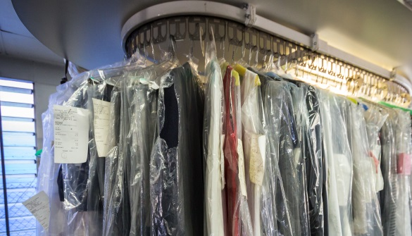 how to dry clean clothes naturally